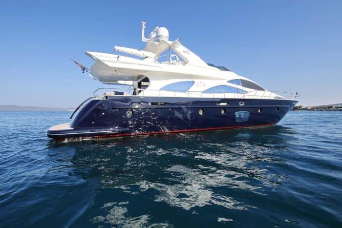 azimut-80-charter-croatia-rental (8)