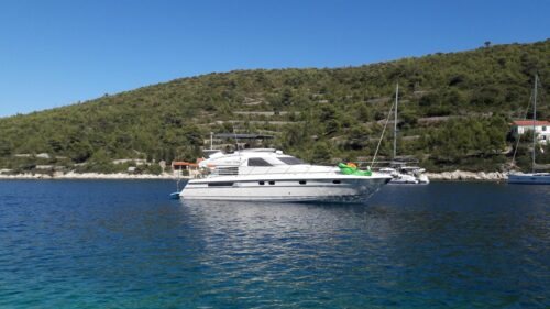 fairline-squadron-59-happy-factory-charter-croatia-rental