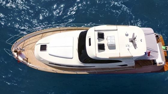 issa-45-charter-croatia-rental