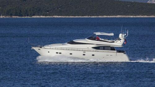 maiora-20-charter-croatia-rental