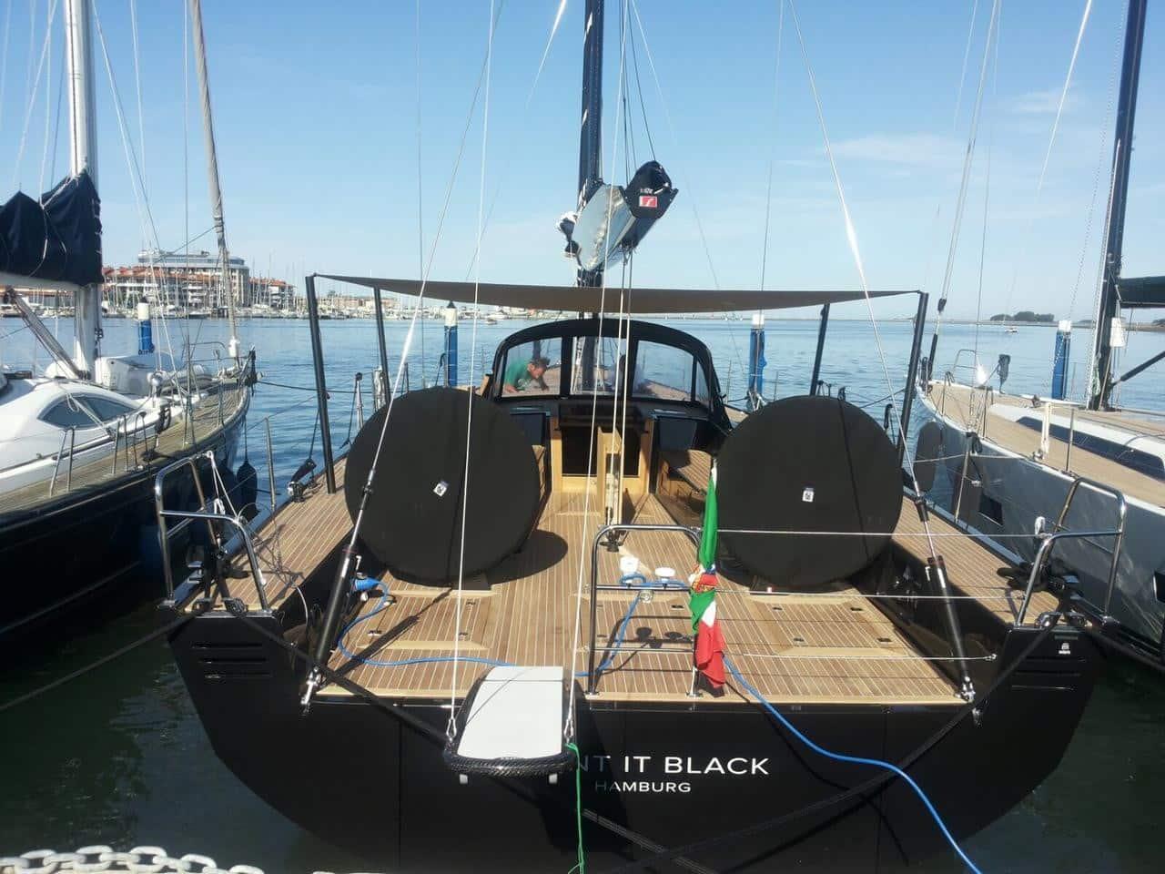 Solaris 58 - Paint it Black