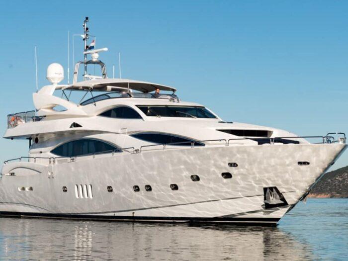 sunseeker-yacht-105-charter-croatia-rental