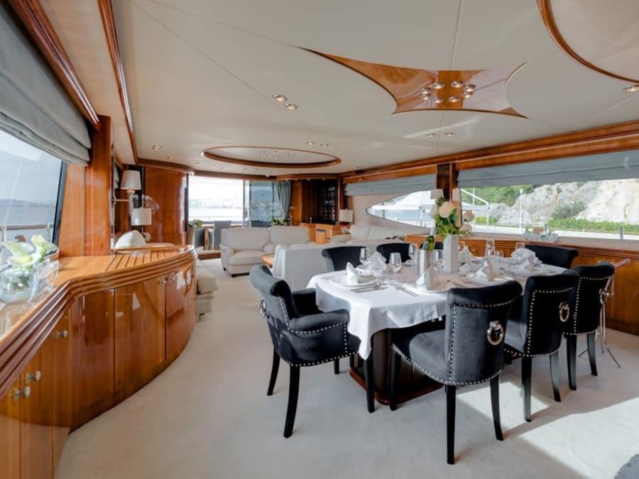 Sunseeker Yacht 105